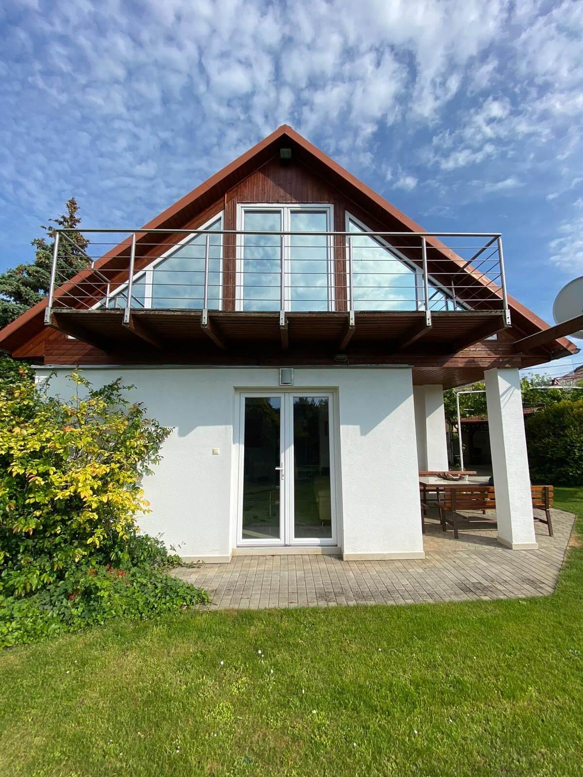 Predané: Predaj Rodinný dom v Šoporni, v tichej lokalite, pozemok 674m2, úžitková plocha 181m2,záhrada, kôlňa-25