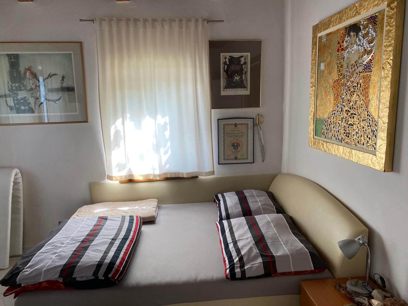 Predané: Predaj Rodinný dom v Šoporni, v tichej lokalite, pozemok 674m2, úžitková plocha 181m2,záhrada, kôlňa-21