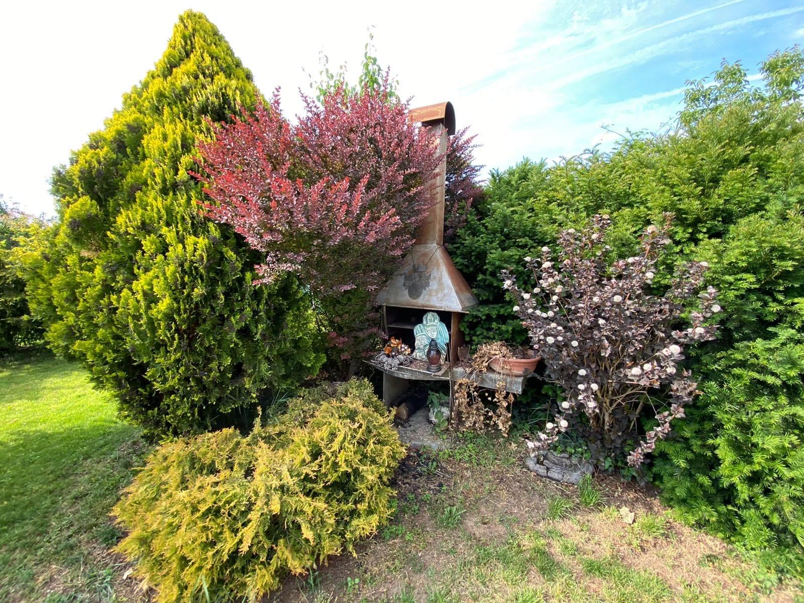 Predané: Predaj Rodinný dom v Šoporni, v tichej lokalite, pozemok 674m2, úžitková plocha 181m2,záhrada, kôlňa-30