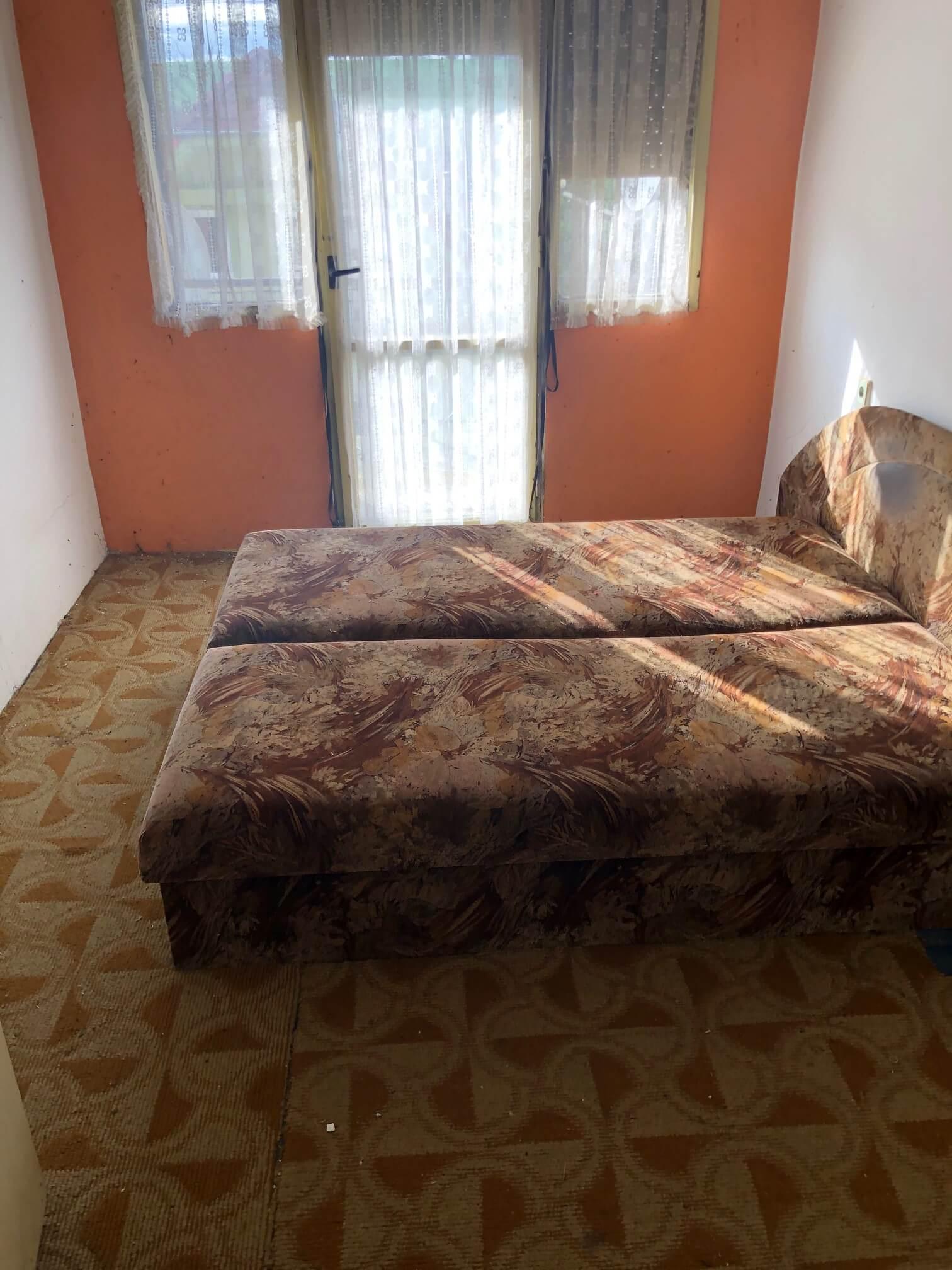 Exkluzívne: Rodinný dom, 4 izbový, Šalgočka úžitková 140m2, podpivničenie 120m2, pozemok 1500m2-58