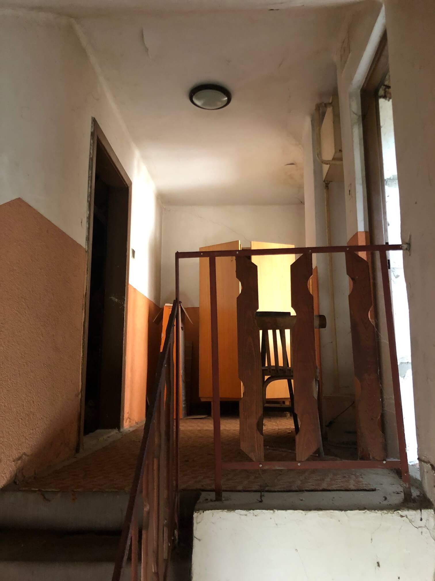 Exkluzívne: Rodinný dom, 4 izbový, Šalgočka úžitková 140m2, podpivničenie 120m2, pozemok 1500m2-54