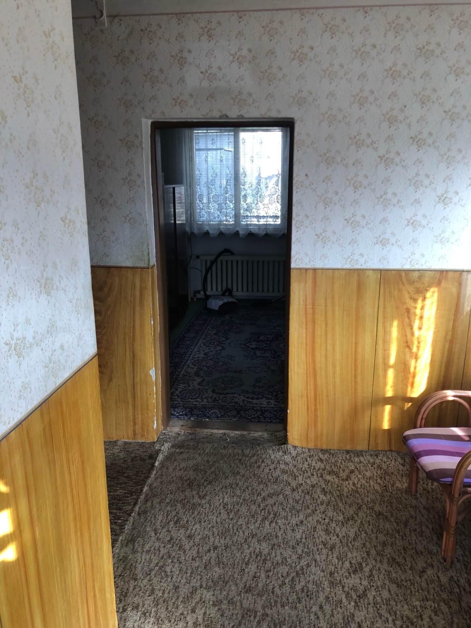 Exkluzívne: Rodinný dom, 4 izbový, Šalgočka úžitková 140m2, podpivničenie 120m2, pozemok 1500m2-39