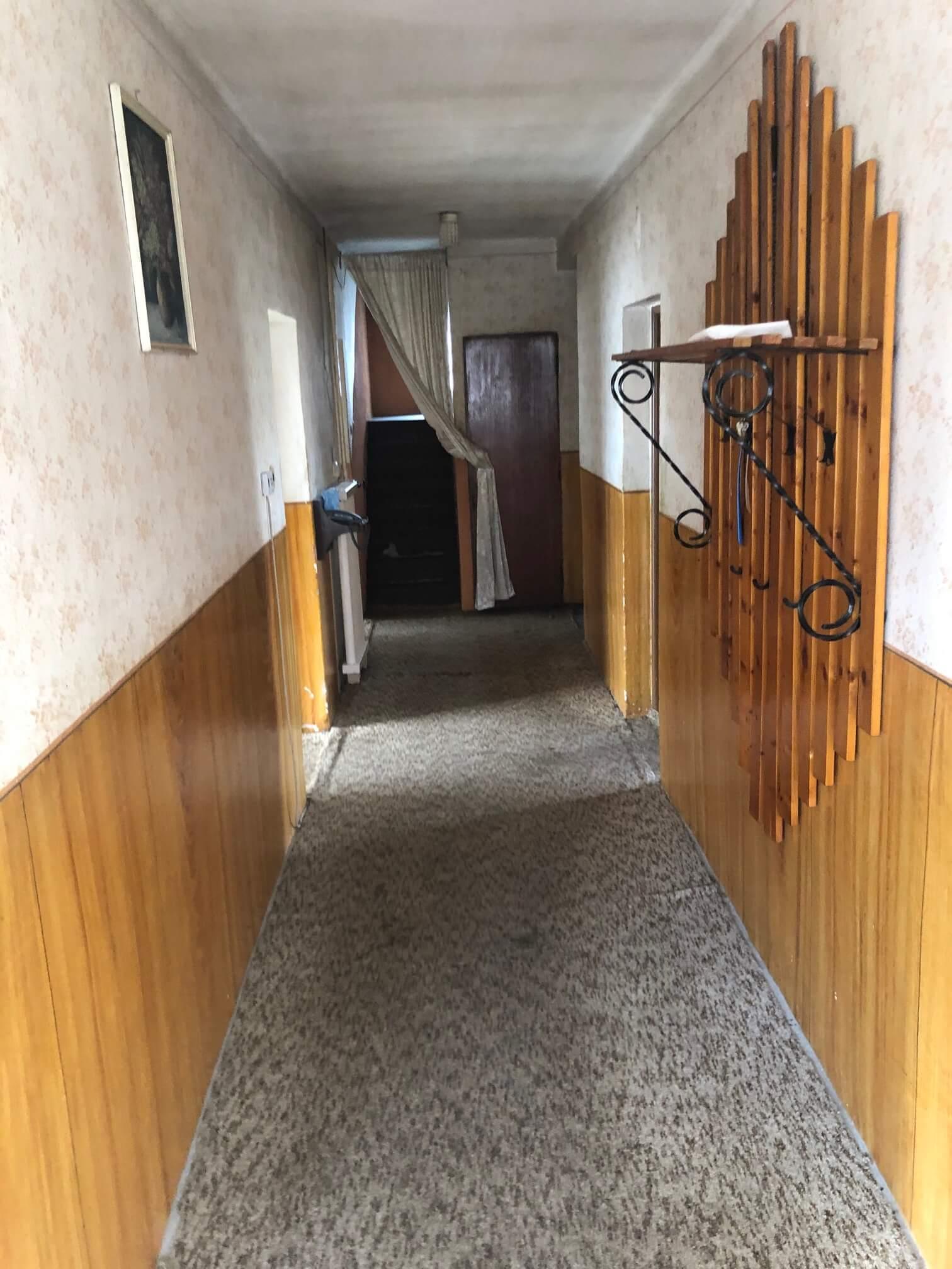 Exkluzívne: Rodinný dom, 4 izbový, Šalgočka úžitková 140m2, podpivničenie 120m2, pozemok 1500m2-38