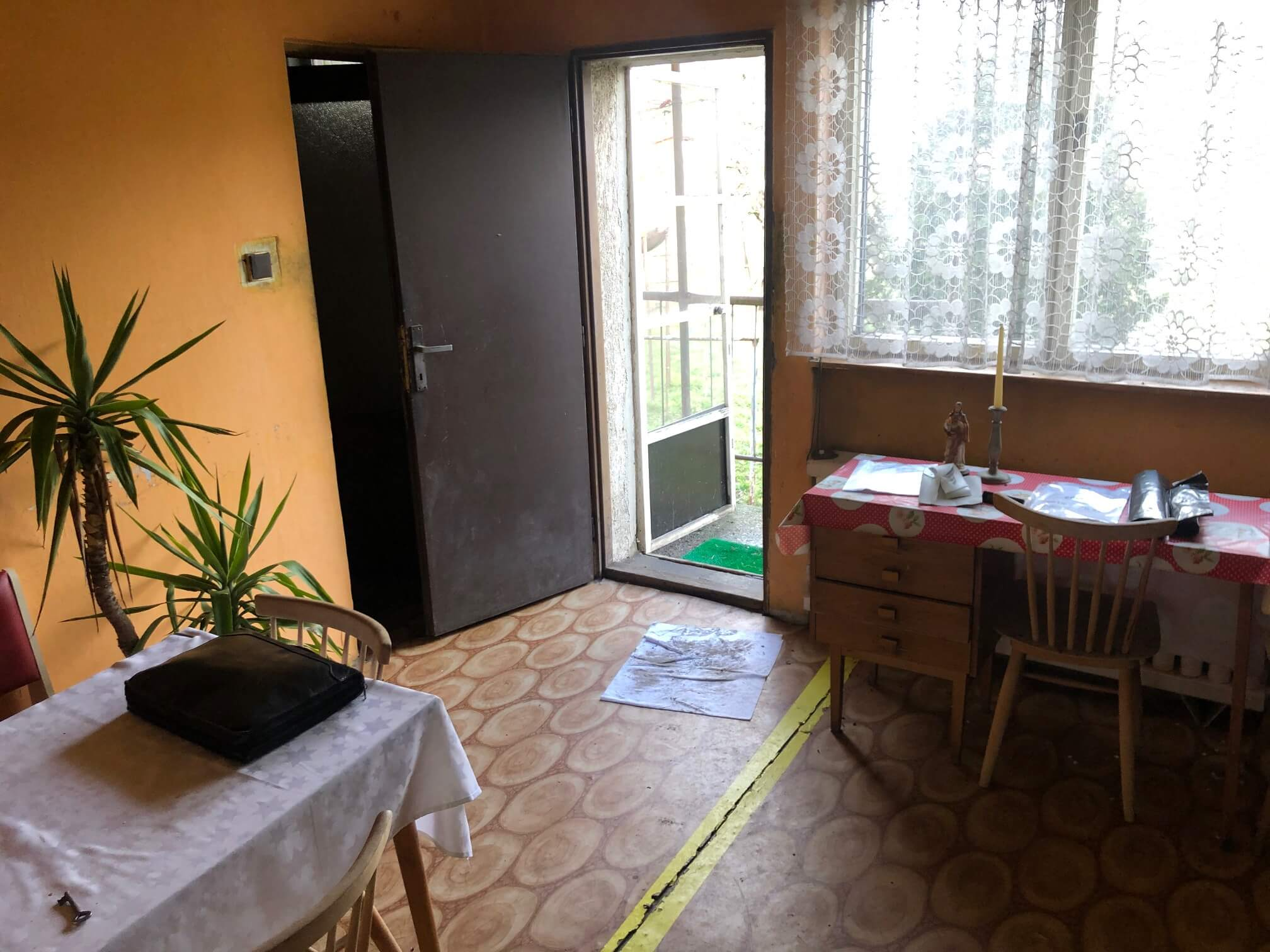 Exkluzívne: Rodinný dom, 4 izbový, Šalgočka úžitková 140m2, podpivničenie 120m2, pozemok 1500m2-32