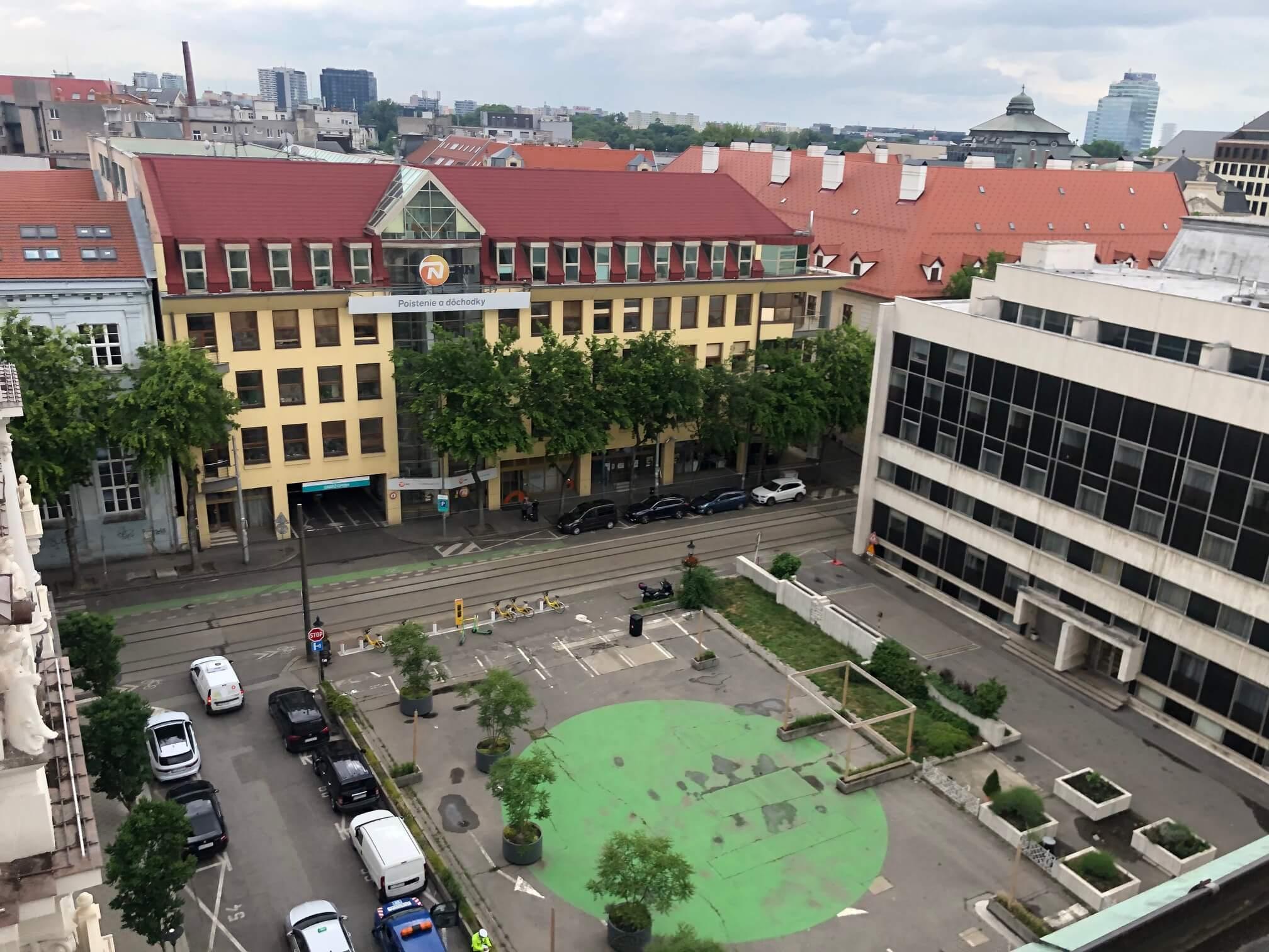 Na prenájom exkluzívne 2 izbový byt, 73,34m2, v Centre BA, Gorkeho 7, 7 poschodie-17