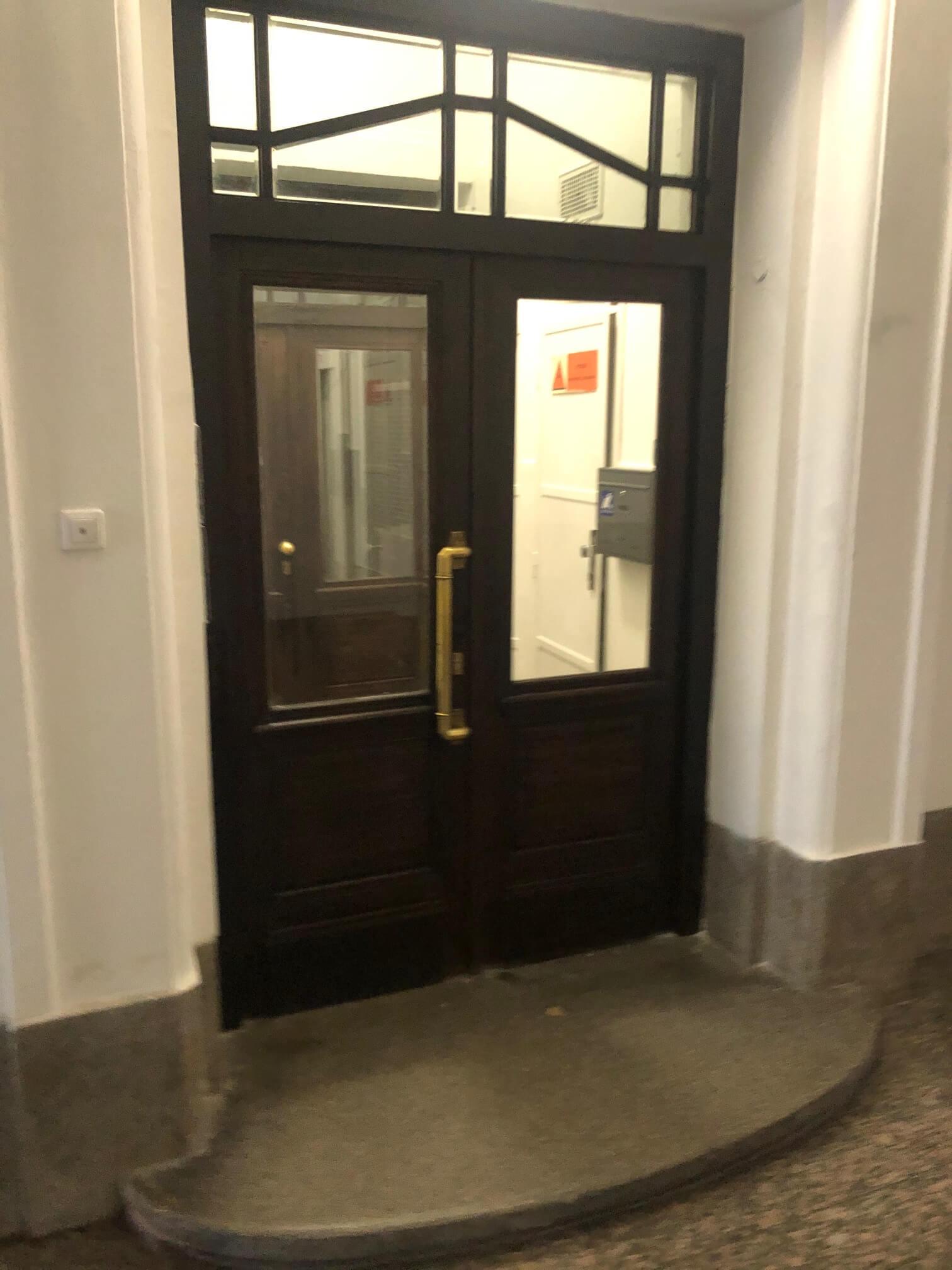 Na prenájom exkluzívne 2 izbový byt, 73,34m2, v Centre BA, Gorkeho 7, 7 poschodie-27