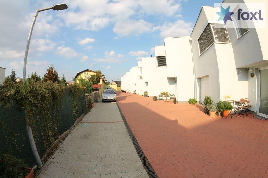 Prenájom 4izb Novostavby RD kompletne zariadneného,Hrachova, Prievoz, Bratislava 281m2, záhrada 65m2-35