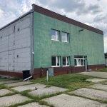 Veľkopriestorové sklady, garáže, pozemok 9000m2, sklady spolu 2045m2, Pezinská ulica Vinosady,-0