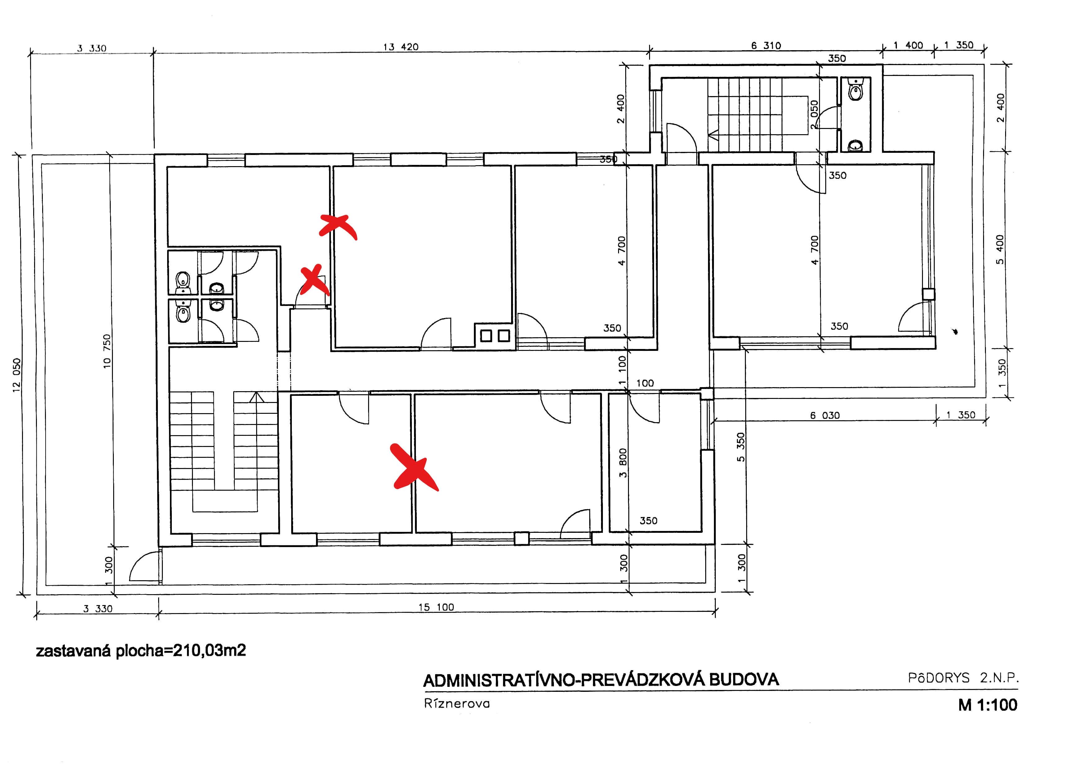 Troj podlažná budova s 10 kanceláriami, Riznerova ulica v Bratislave, nad hradom, úžitková 610m2-6