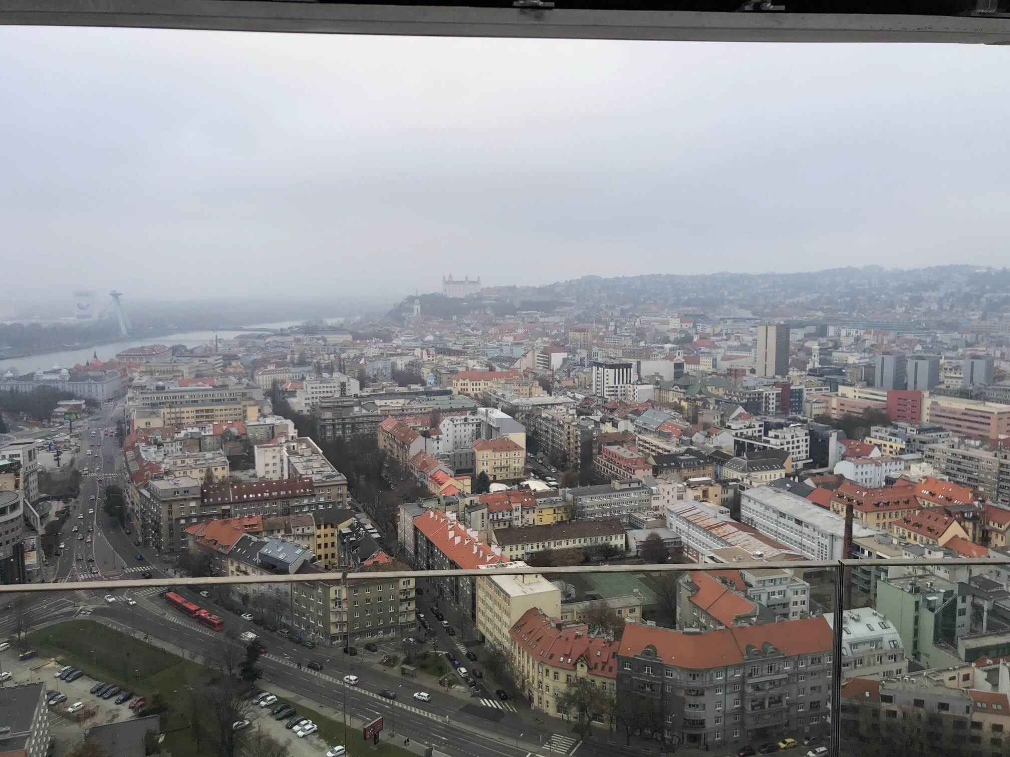2 izbový byt v Sky parku, I Veža, 6 nadzemné podlažie, úžitková 46,28 m2 ,Loggia 4,75m2, parkovanie-15