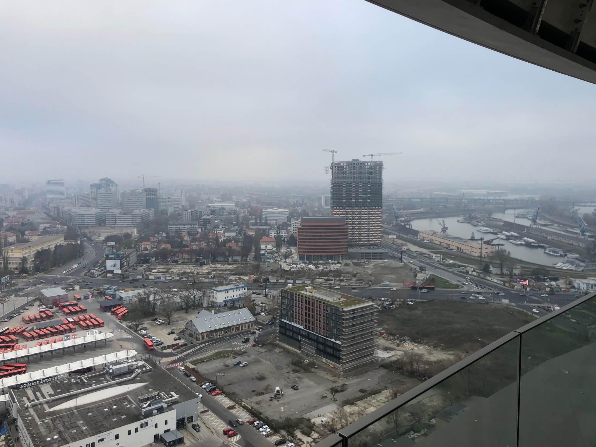 2 izbový byt v Sky parku, I Veža, 6 nadzemné podlažie, úžitková 46,28 m2 ,Loggia 4,75m2, parkovanie-10
