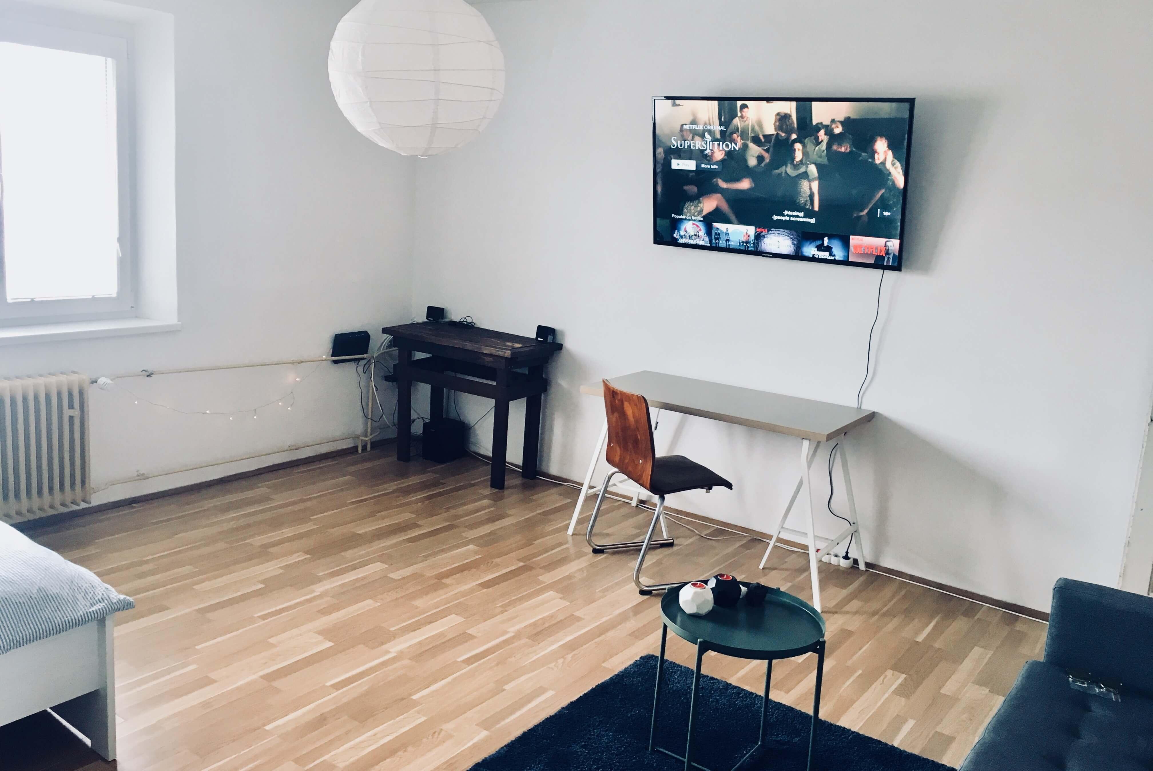 Prenajaté: Exkluzívne na prenájom 1 Izbový byt, 43 m2, pavlač 7 m2, Šancová 25, Staré mesto-1