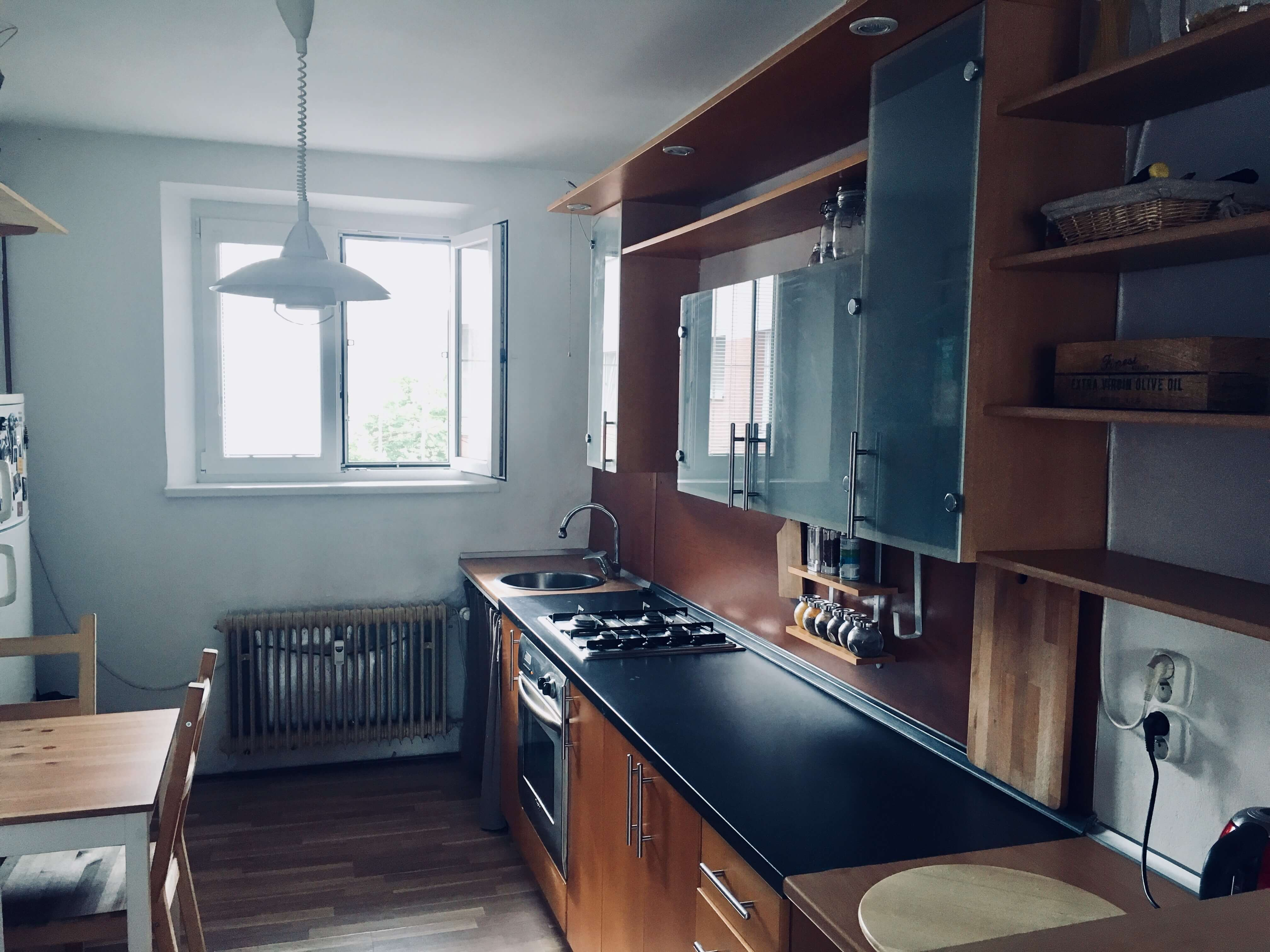 Prenajaté: Exkluzívne na prenájom 1 Izbový byt, 43 m2, pavlač 7 m2, Šancová 25, Staré mesto-3
