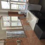 Exkluzívne na prenájom 4 izbový byt,Centrum,Obchodná ulica 36, plocha 130m2,zariadený,aj jednotlivo izby-12