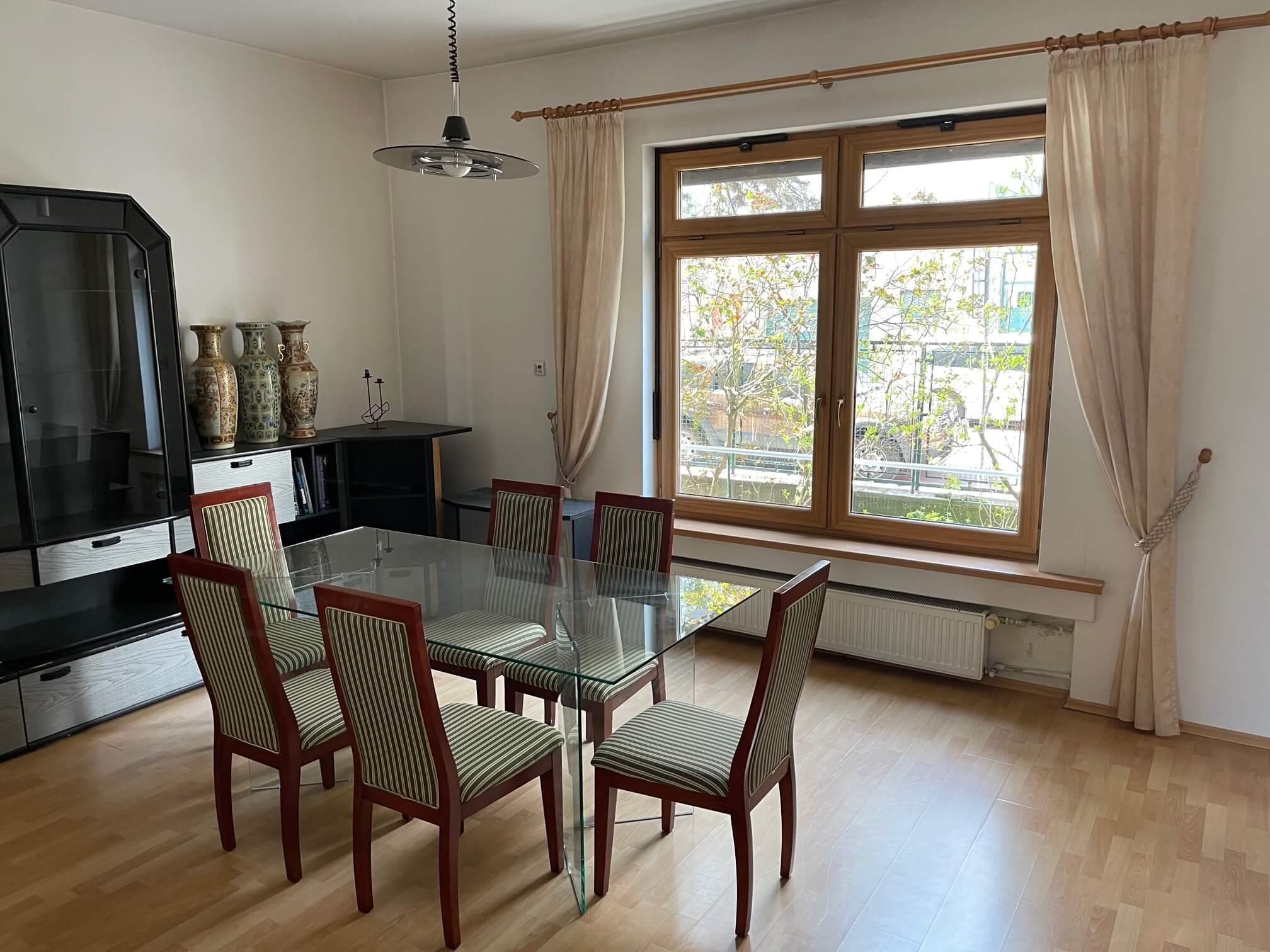 Exkluzívne na prenájom 3 izbový byt, centrum, Fraňa Krála 20, 101m2, garáž + parkovacie miesto-11