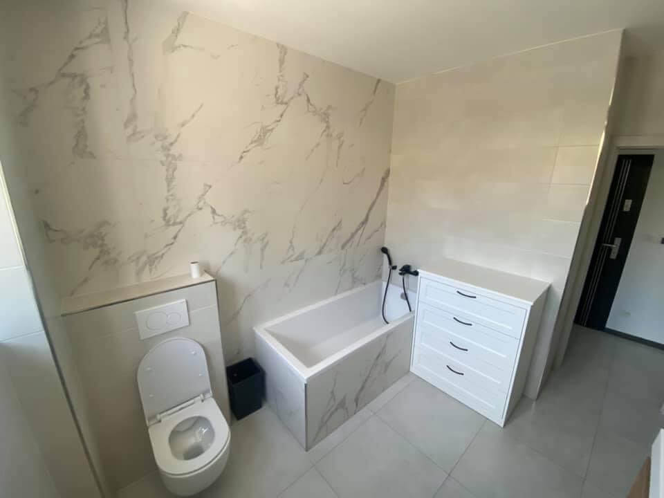 Na prenájom úplne nový 2 izbový byt v Malackách, Kukučínová,60m2, predzáhradka 18m2, 2x parkovonie-16