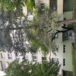 Exkluzívne na predaj zrekonštruovaný 2 izbový byt, 48m2, Fedáková 12, Dúbravka, pri OC Saratov-1