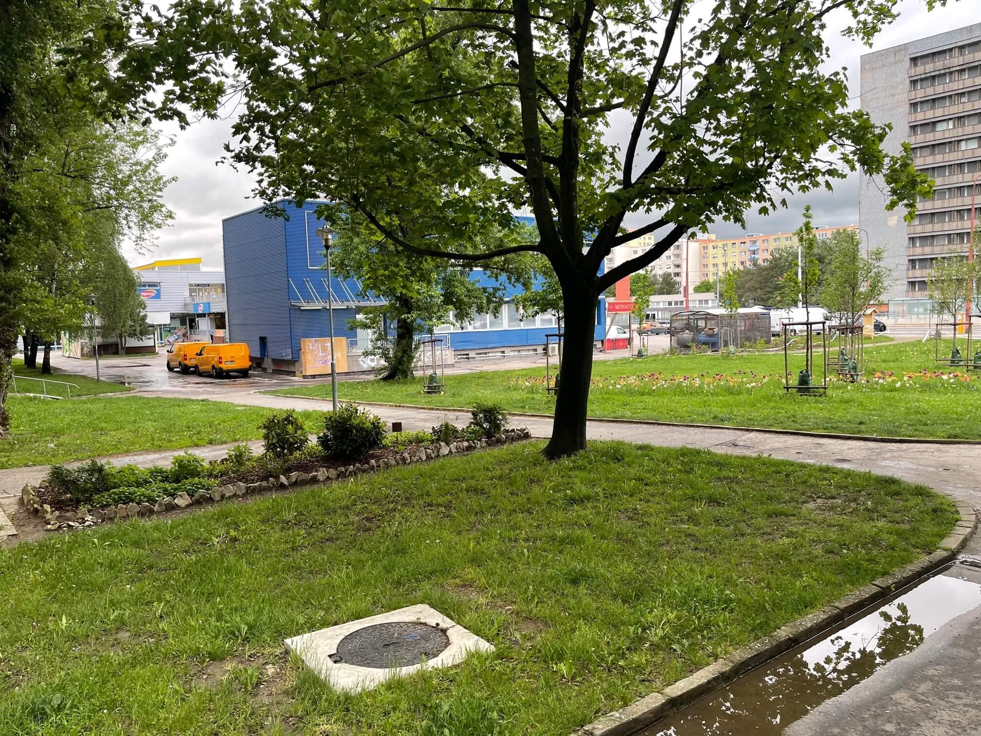 Exkluzívne na predaj zrekonštruovaný 2 izbový byt, 48m2, Fedáková 12, Dúbravka, pri OC Saratov-2