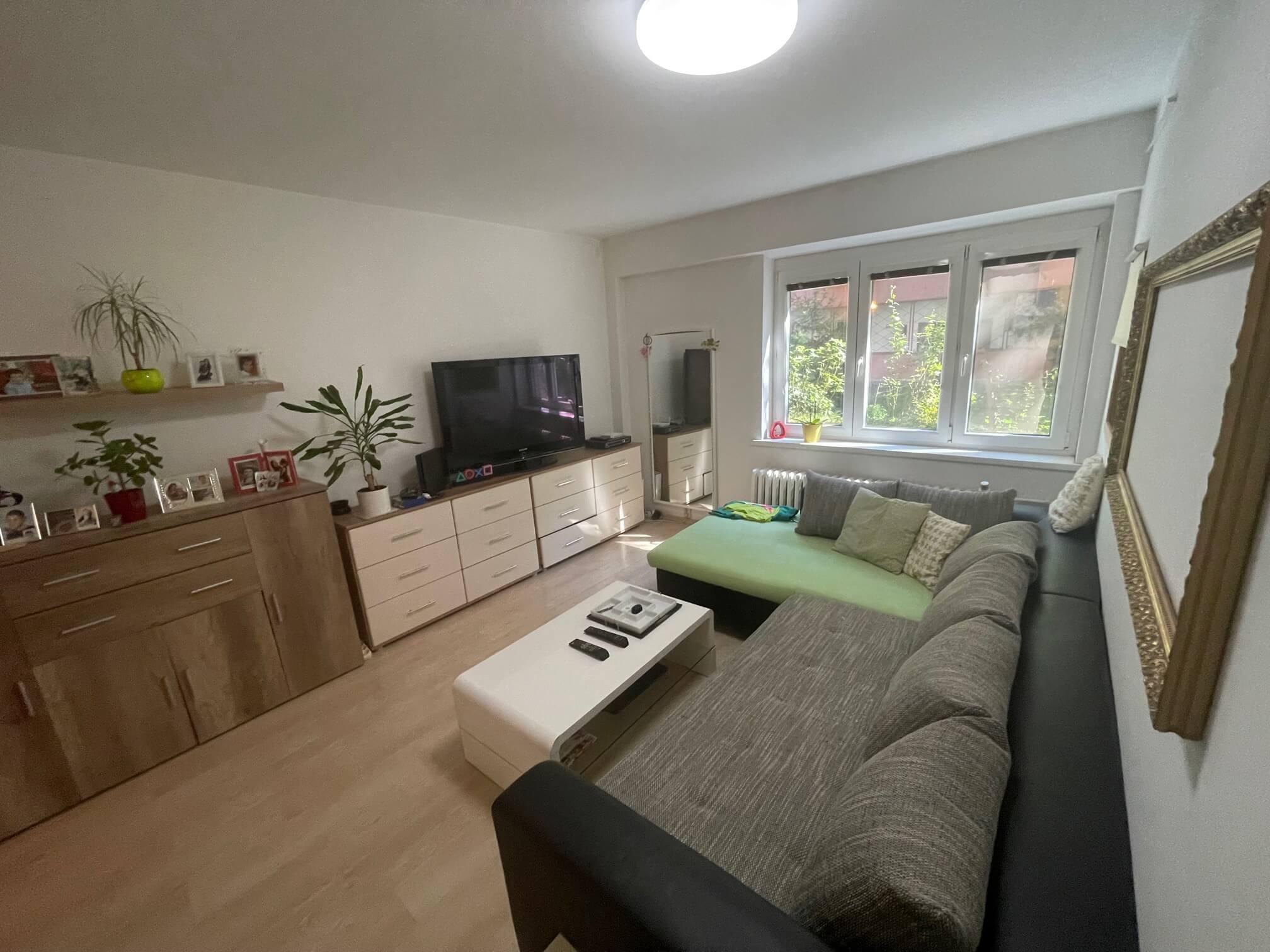 Exkluzívne na predaj 1,5 izbový byt, Šancová 55, zrekonštruovaný, 44m2, pivnica 3m2 + 5m2-24