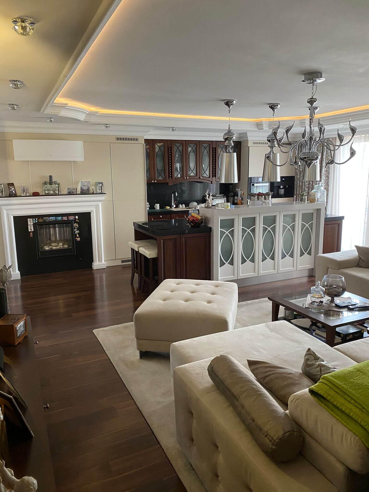 Rodinná Vila 6 izbová, úžitková 650m2, 3 podlažia, pozemok 1008m2, Lučenec – Opatová-0