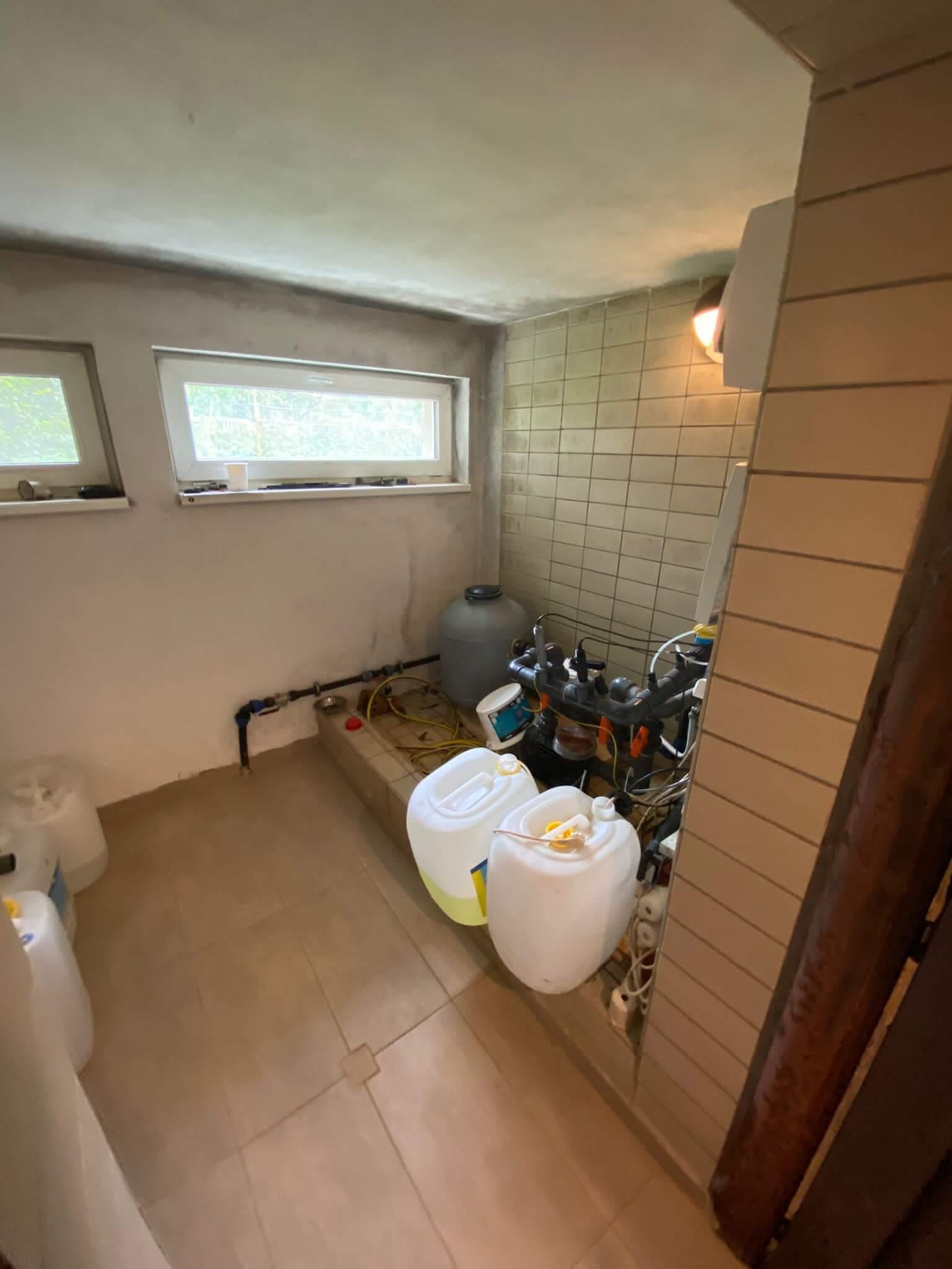 Rodinná Vila 6 izbová, úžitková 650m2, 3 podlažia, pozemok 1008m2, Lučenec – Opatová-55