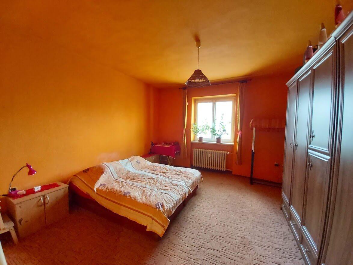 Exkluzívne na predaj 4 izbový byt, pôvodny stav, 92m2, Zahradnícka 52 – Ružinov-2
