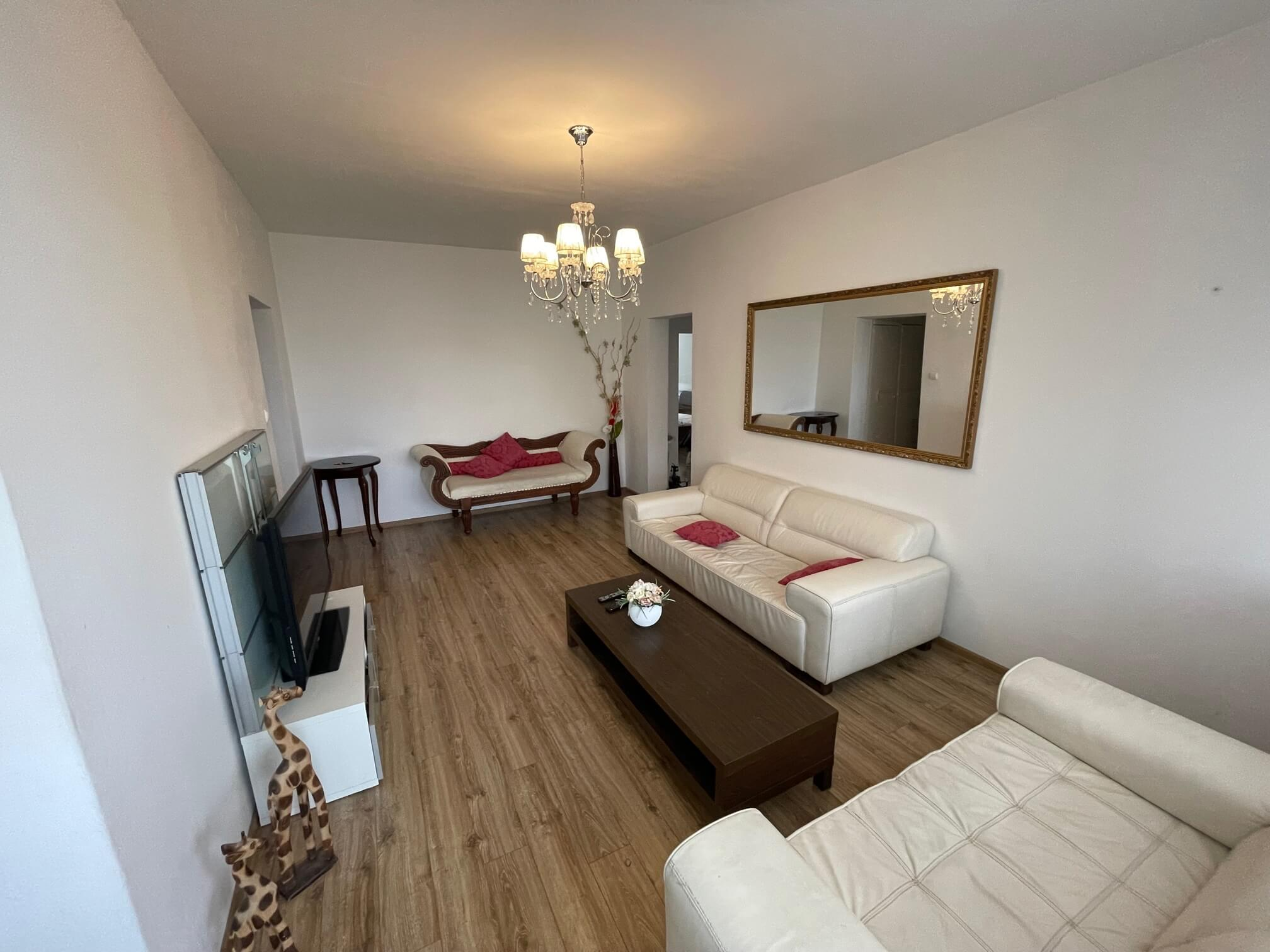 Exkluzívne na prenájom 3 izbový byt, 83m2, 2x loggia 4,5m2, Karolovka, Janotová 8-22